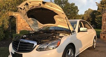 Mercedes Open Hood